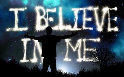 Sebevědomí jak si zvýšit víru v sebe (krok za krokem)